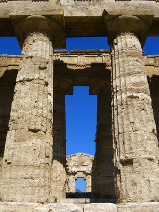 Greek_temple_ruins