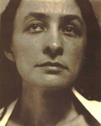 Georgia O'Keeffe. Photo by Alfred Stieglitz.
