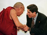 Photo of Richard Davidson and the Dalai Lama courtesy of Trialx.com